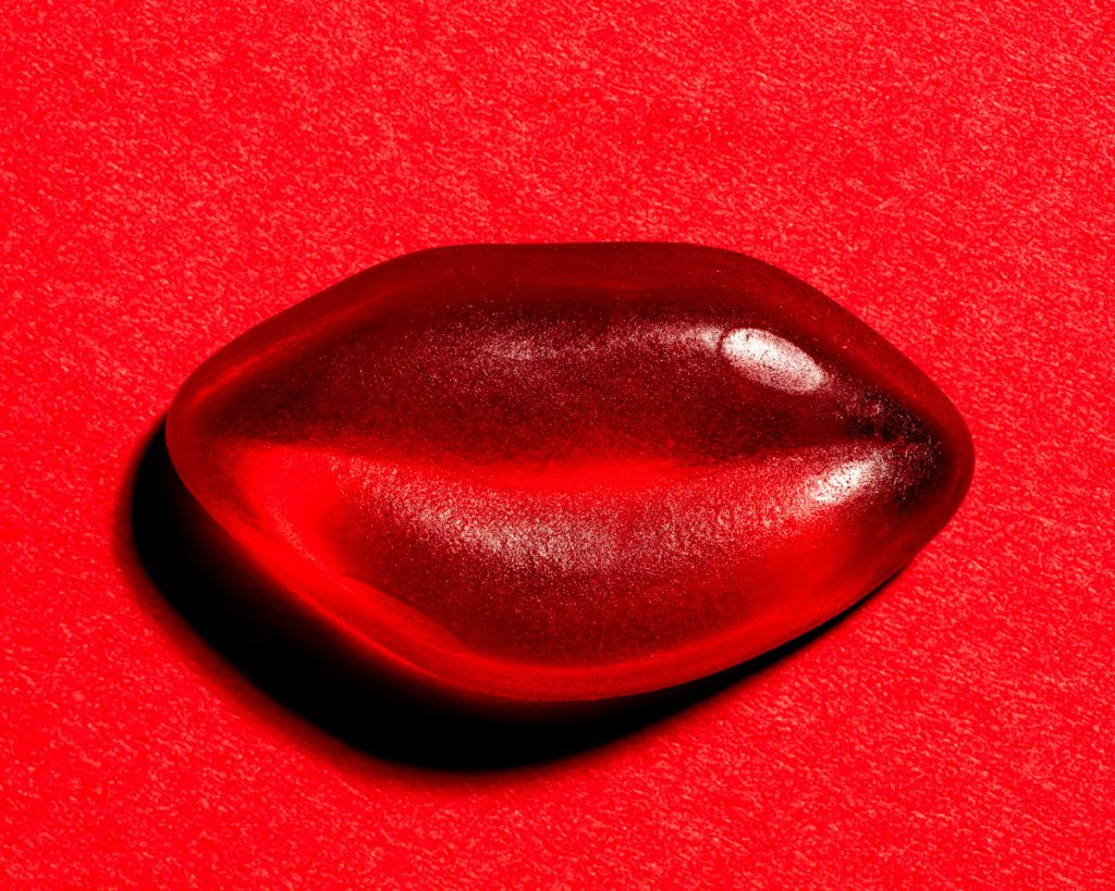 red jelly lips