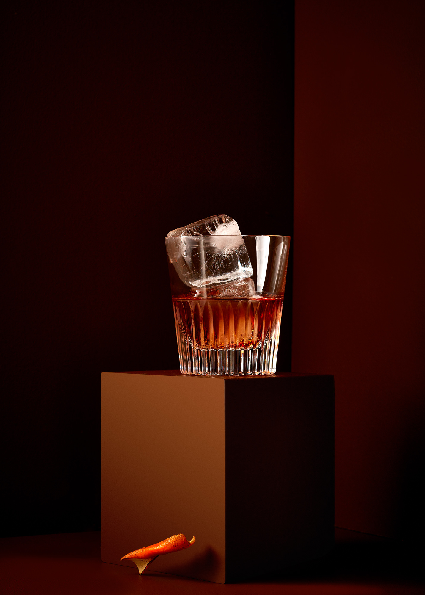 high end advert for cocktail photographer